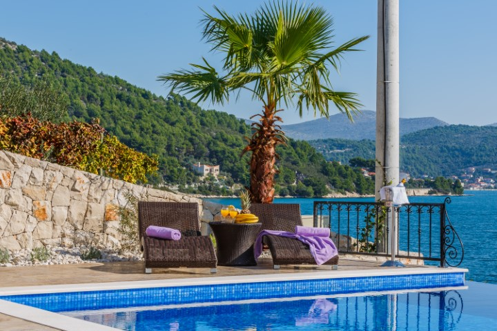 trogir area waterfront villa for rent