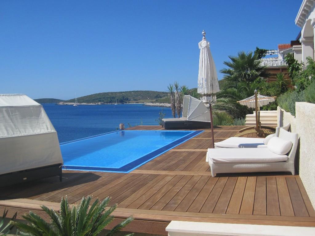 waterfront villa rent vis island croatia