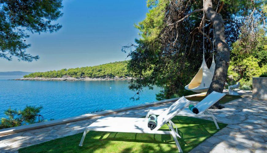 Croatia Brac Luxury Seafront villa for rent