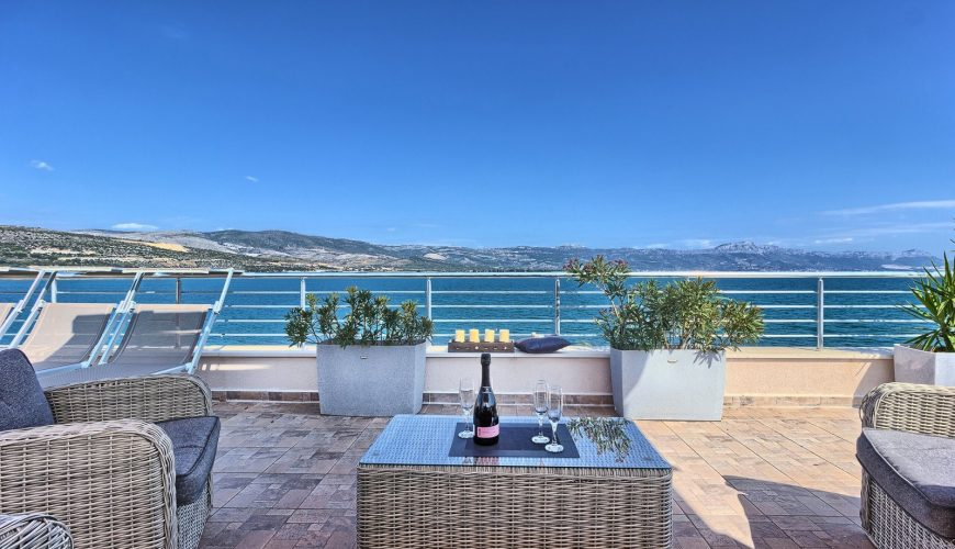 Croatian Villas Rent is specialized for renting of holiday villas in Croatia.