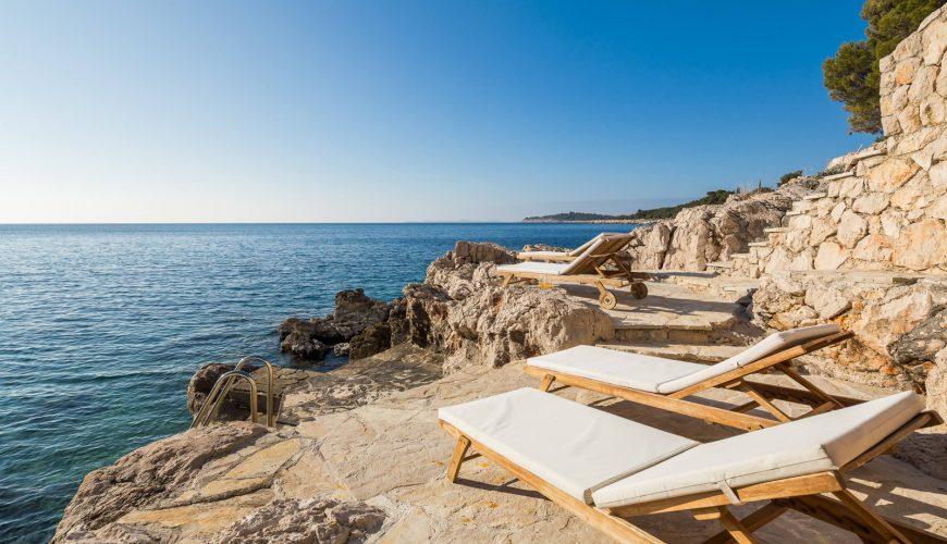 Croatia Sibenik Primosten Seafront Modern villa for rent